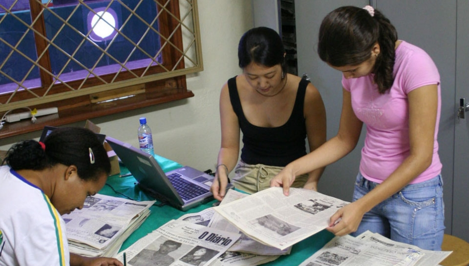 Researches building the first herbarium of northern Mato Grosso - Photo: FEC